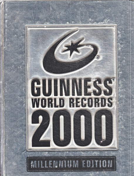 Guinness World Records 2000 : Millennium edition